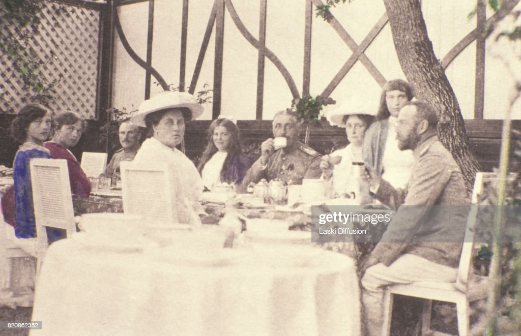 Family of Tsar Nicholas II of Russia : News Photo