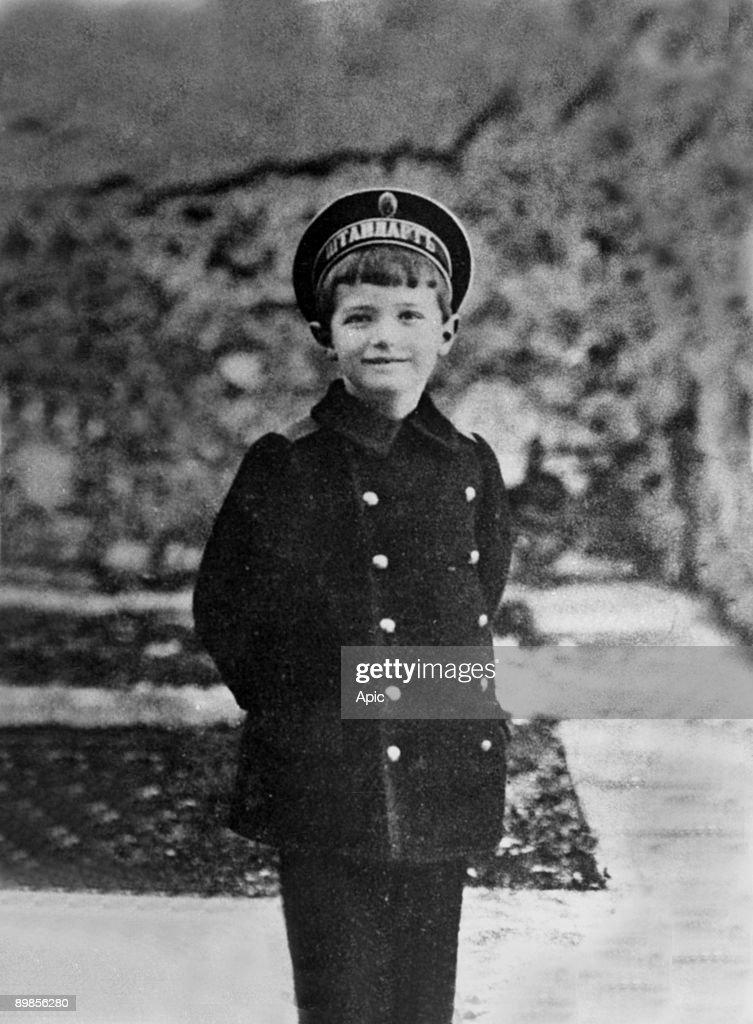 Tsarevitch Alexis Nicolarevitch (1904-1918) haemophiliac son of czar Nicolas II here c. 1912 : News Photo