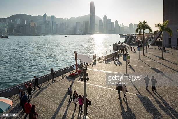 tsim sha tsui promenade, hong kong, china - tsim sha tsui stock pictures, royalty-free photos & images