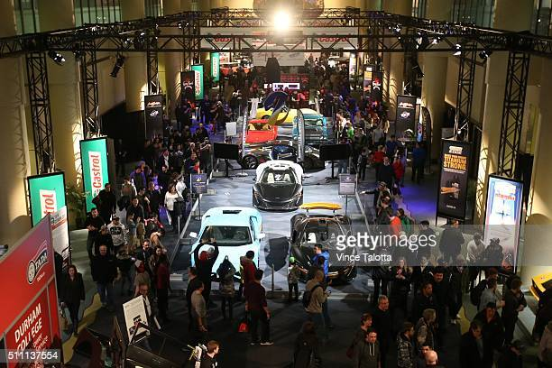 TORONTO ON FEBRUARY 15 Tstar 2016 auto show Auto Show goers battle the crowds at the 2016 Canadian International Auto Show held at the Metro...