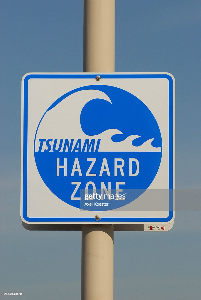 tsunami facts how they form warning signs and safety tips - 685×1024