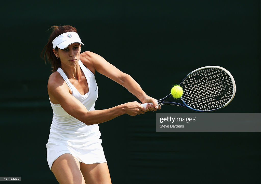 Day Two: The Championships - Wimbledon 2014 : News Photo