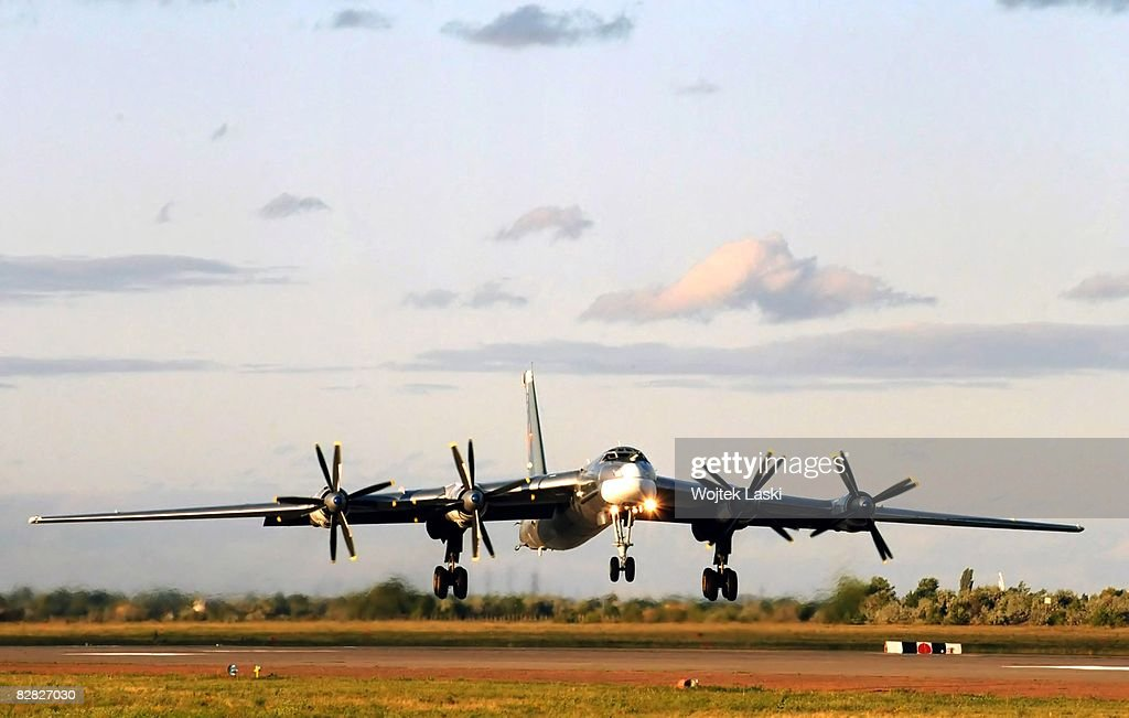Engels-2 Aircraft Military Base : News Photo