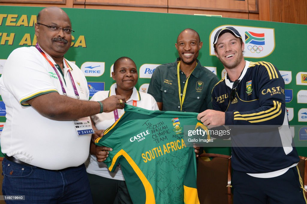 Tubby Reddy, Patience Shikwambana (Chef de Mission of Team SA), Khotso Mokoena and AB de Villiers (Protea cricketer) during the South African Olympic Team Press Conference from Copthorne Tara Hotel, Kensington on July 25, 2012 in London, England.