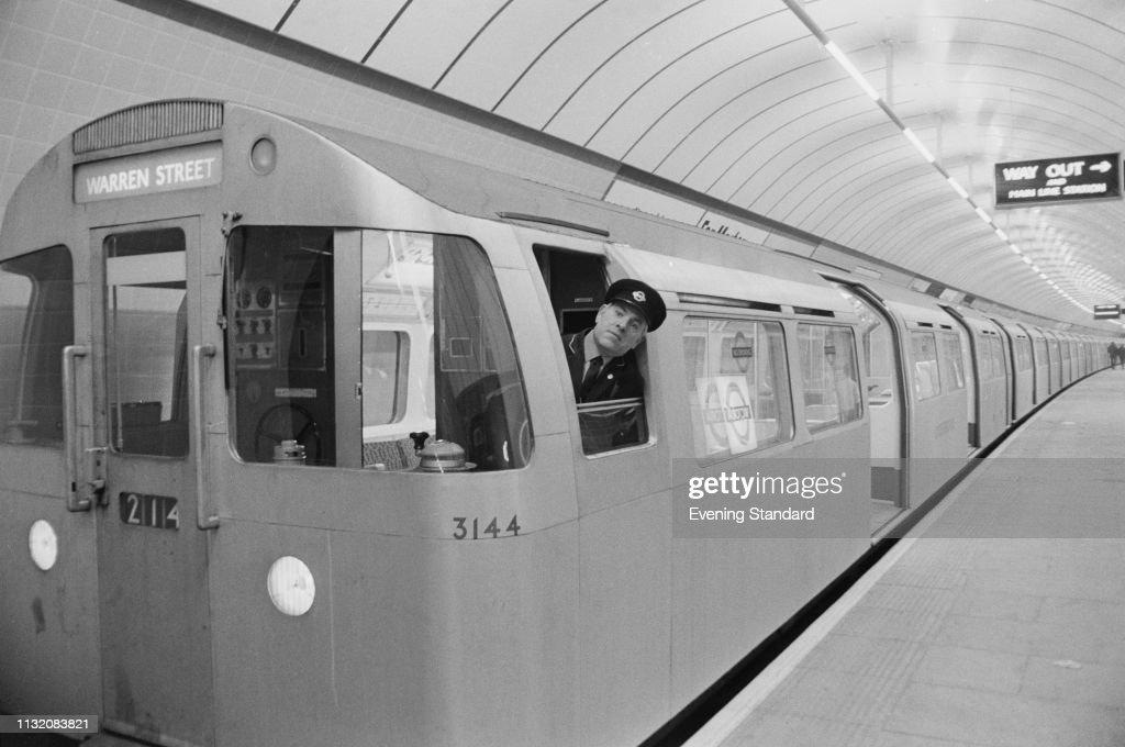 New Victoria Line Train : News Photo