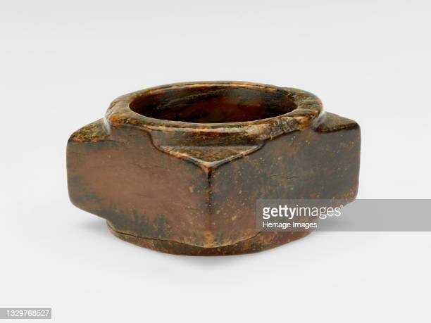 Tube , Shang or Western Zhou dynasty, ca. 1600-ca. 771 BCE. Artist Unknown.