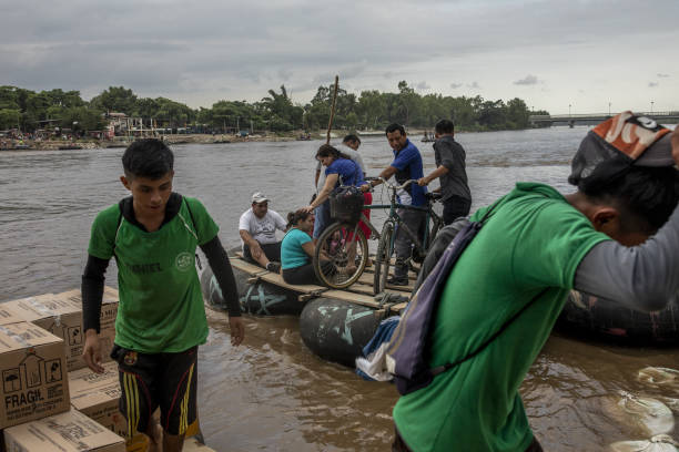 MEX: Mexico's Other Border Is Rattled by Armed Crackdown Along River