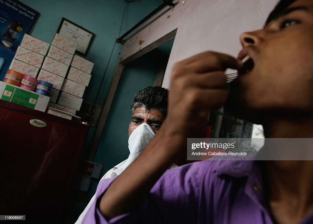 NGOs Reduce Impact Of Tuberculosis In India : News Photo