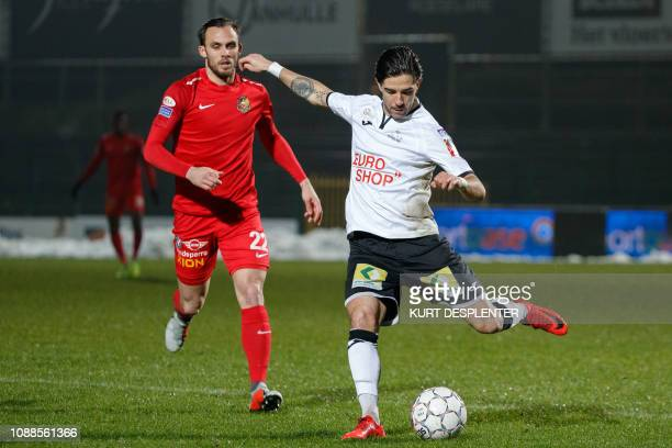 Tubize's Antony Schuster and Roeselare's Andrei Camargo fight for the ball during a soccer game between KSV Roeselare and AFC Tubize Friday 25...