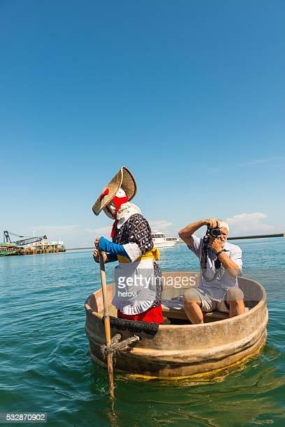 タブ型のボート