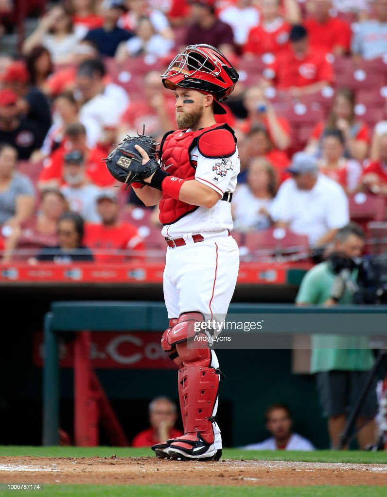 Tucker Barnhart #16 of the Cincinnati Reds plays catcher against the Philadelphia Phillies at Great American Ball Park on July 26, 2018 in Cincinnati, Ohio.