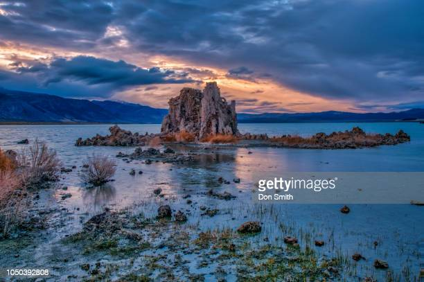 tufa tower, mono lake south shore - salinity stock pictures, royalty-free photos & images