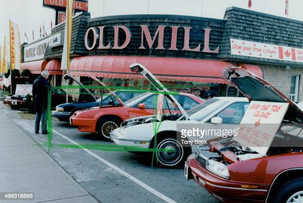 Old Mill Gm >> Old Mill Gm Dealer On Bloor St West Urges Customers To Buy