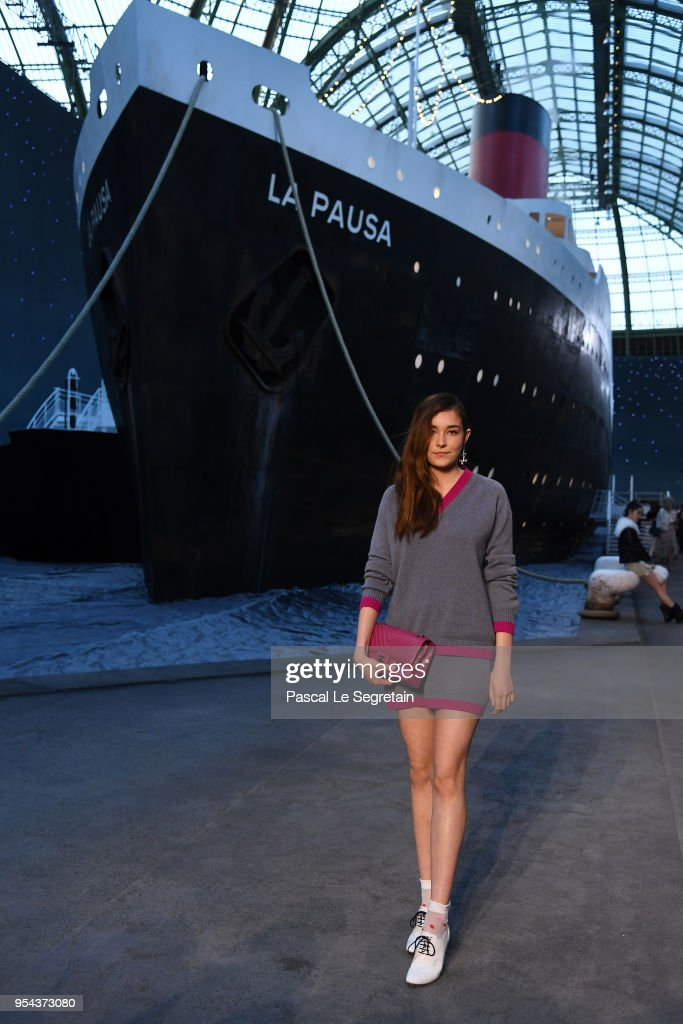 Tugba Sunguruglu attends the Chanel Cruise 2018/2019 Collection at Le Grand Palais on May 3, 2018 in Paris, France.