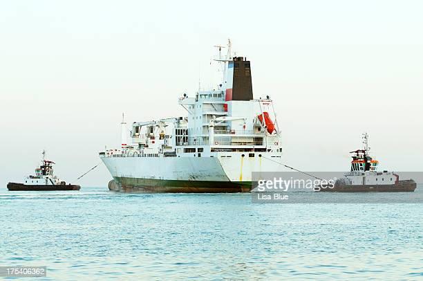タグボートや貨物船