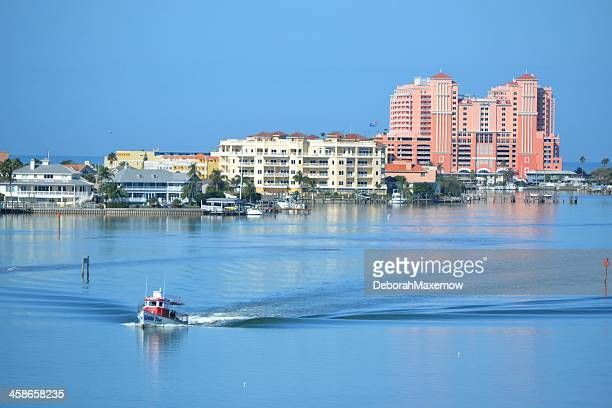tugboat in clearwater harbor hyatt regency beach resort - clearwater florida stock pictures, royalty-free photos & images