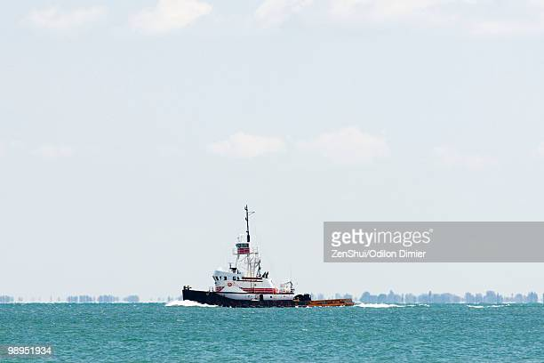 tugboat - tugboat stock photos and pictures