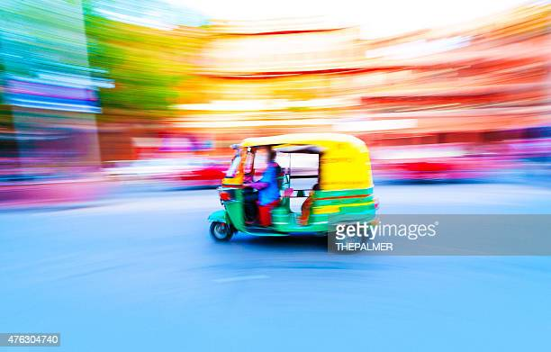 tuk tuk taxi india - auto rickshaw stock pictures, royalty-free photos & images