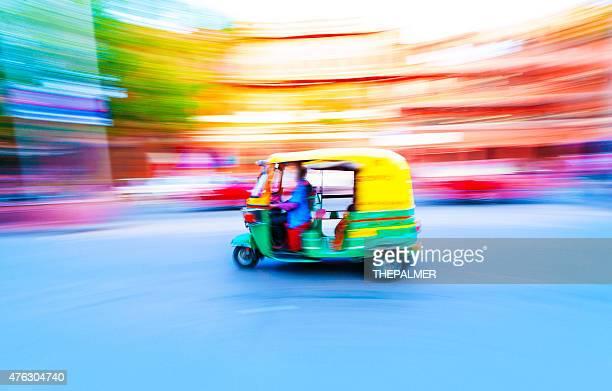 tuk tuk taxi india - rickshaw stock pictures, royalty-free photos & images