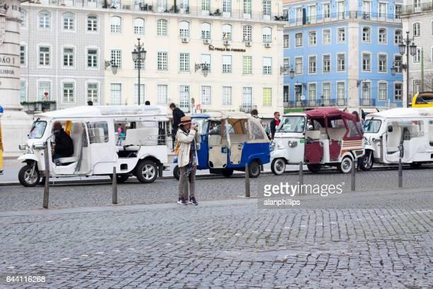 トゥクトゥクのセカテドラル - フォゲイラ広場 ストックフォトと画像