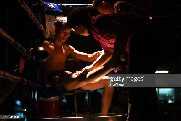 Tulek ahead of the last round of his Thai boxing international combat against Aahuang Sitwungluang in 60kg category during Muaythai Monday Evening...