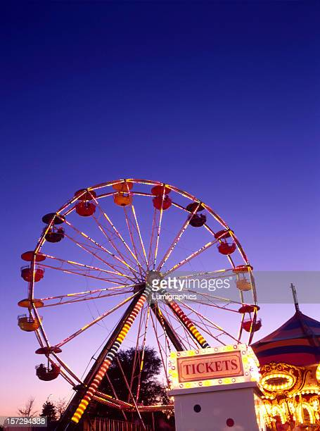 tulip carnival v - ferris wheel stock pictures, royalty-free photos & images