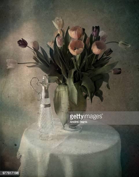 tulips - pintura a óleo imagem pintada - fotografias e filmes do acervo