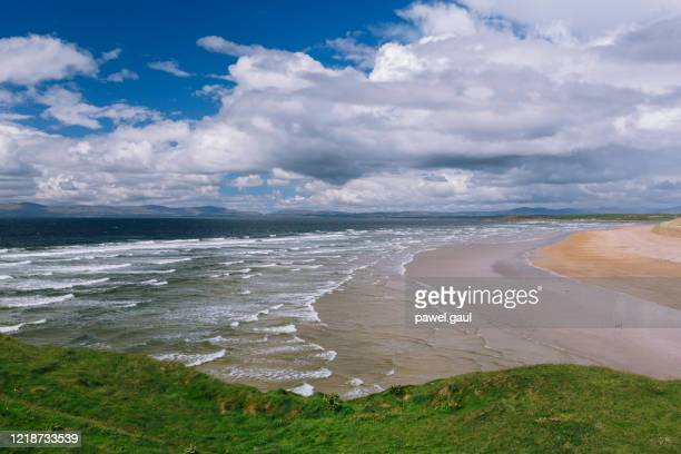 tullan strand beach in bundoran ireland - ulster province stock pictures, royalty-free photos & images