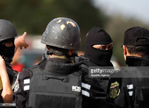 Tunisian National Guard officials take security measures in Wadi alLayl where an armed terrorist group hid and clashed with Tunisian security forces...