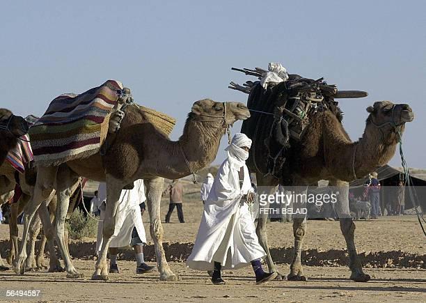 Tunisian nomads parade 28 December 2005 during the closing of the Sahara International Festival in Douz southwestern Tunisia AFP PHOTO FETHI BELAID