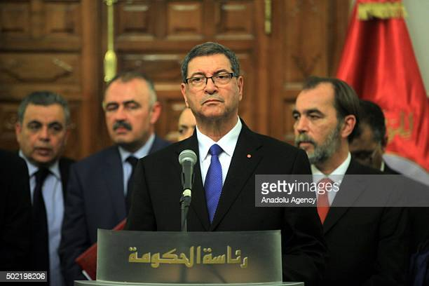Tunisian Prime Minister Habib Essid delivers a speech during a press conference after they signed cooperation agreement between Mauritania and...