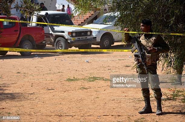 Tunisian security forces take security measures following yesterday's clashes with a terrorist group which killed 5 terrorists in Ben Gardane Town of...