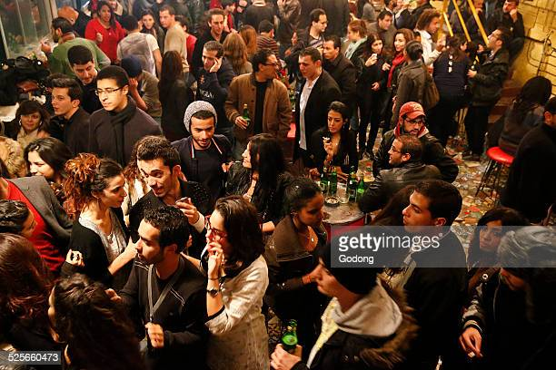 tunisian youth - atestado fotografías e imágenes de stock