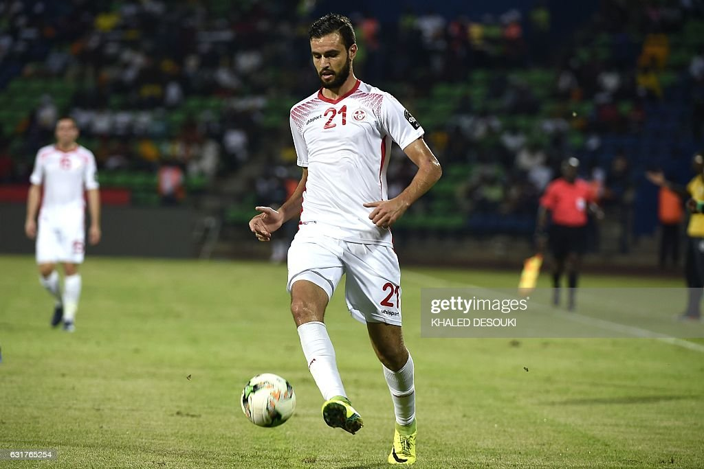 Tunisia's defender Hamdi Nagguez controls the ball during the 2017 Africa Cup of Nations group B football match between Tunisia and Senegal in Franceville on January 15, 2017. / AFP / KHALED