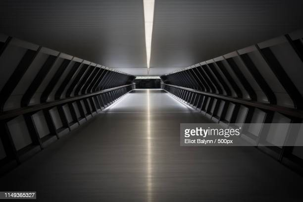 tunnel - elevated walkway stock pictures, royalty-free photos & images