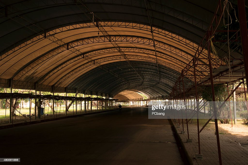 Tunnel : Stock Photo
