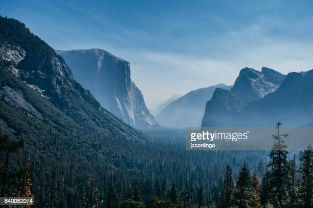 tunnel view of yosemite - yosemite nationalpark stock pictures, royalty-free photos & images