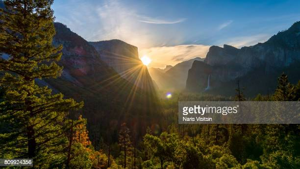 tunnel view - yosemite national park stock pictures, royalty-free photos & images
