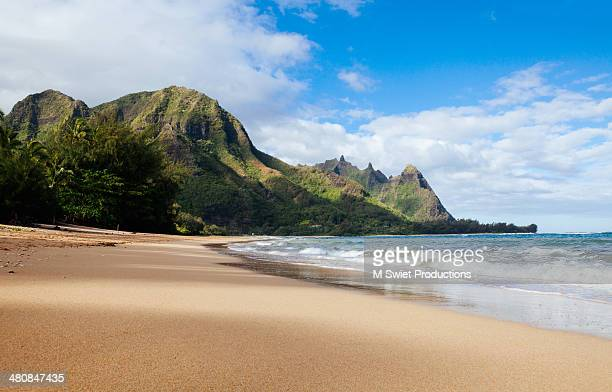 tunnels beach and bali hai point - bali stock pictures, royalty-free photos & images