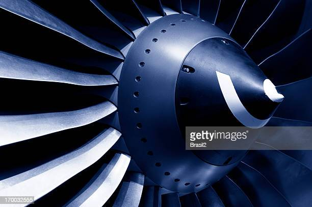 Turbine and blades