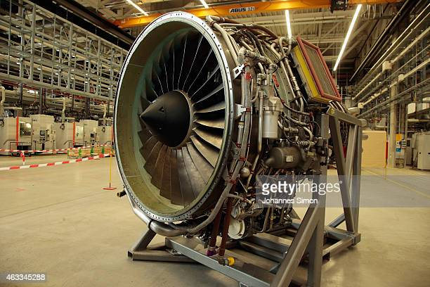 A turbine is dislayed during a visit to Bavarian Governor Horst Seehofer and Bundestag fraction leader of the Bavarian Christian Democrats Gerda...