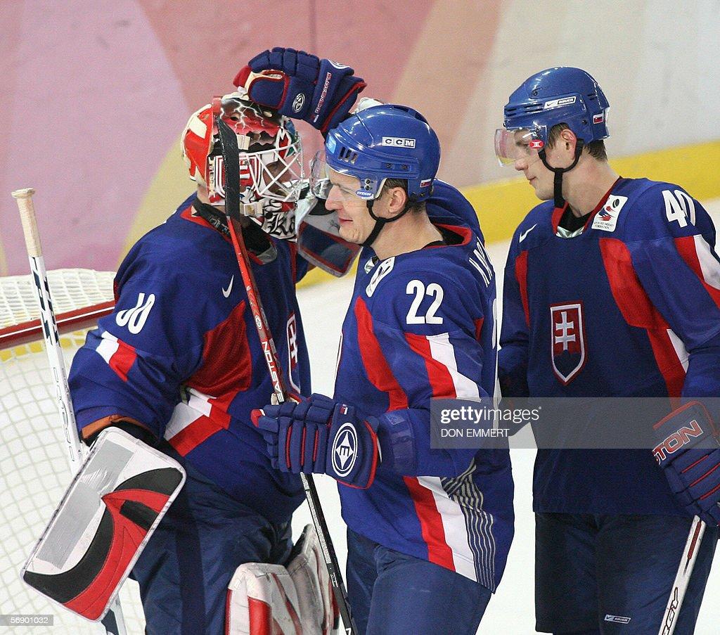 Slovakia's Per Johan Axelsson (C) and He : News Photo