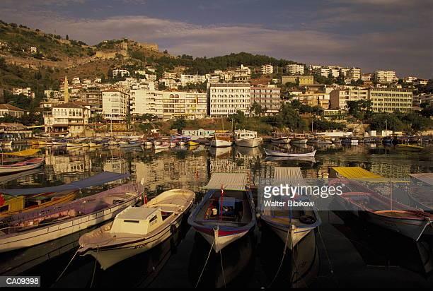 turkey, antalya, alanya, waterfront, morning - provincia di adalia foto e immagini stock