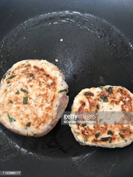 turkey burgers - turkey burger stock pictures, royalty-free photos & images