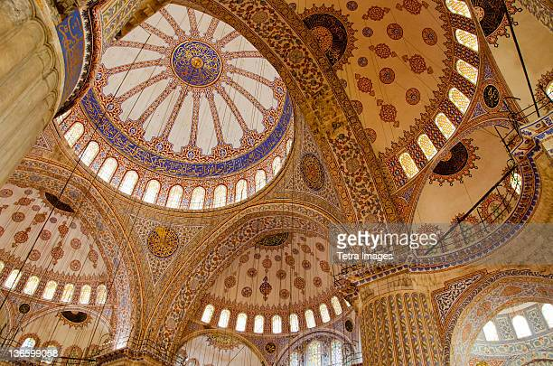 turkey, istanbul, blue mosque ornate interior - moschee stock-fotos und bilder