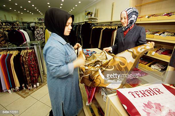 TEKBIR specialized in fashion for muslims