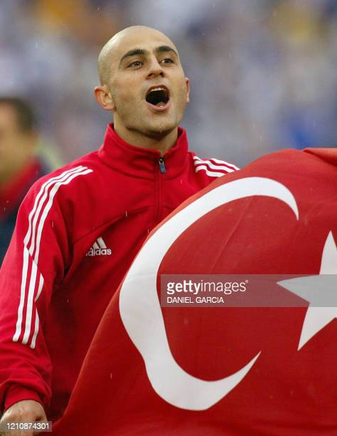 Turkey's forward Hasan Sas celebrates his team's 10 victory over Japan in match 55 round of 16 of the FIFA 2002 World Cup Korea Japan against Turkey...