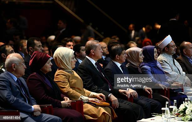 Turkey's President Recep Tayyip Erdogan and his wife Emine Erdogan Turkish Prime Minister Ahmet Davutoglu and his wife Sare Davutoglu President of...