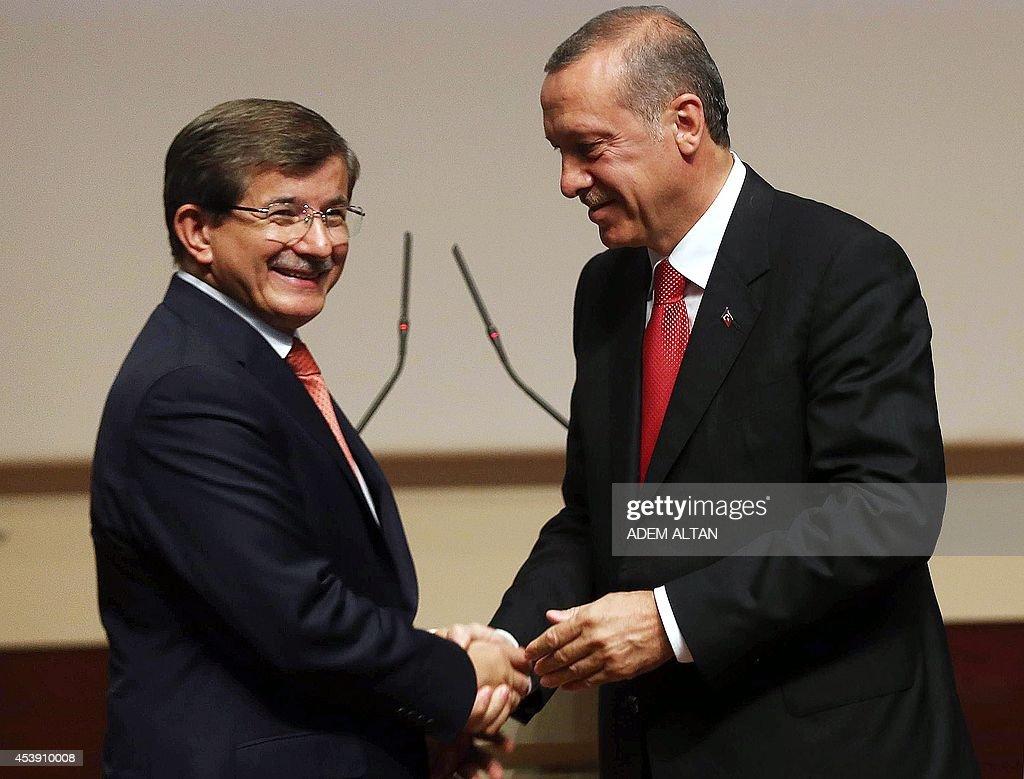 TURKEY-POLITICS-ERDOGAN-DAVUTOGLU : News Photo