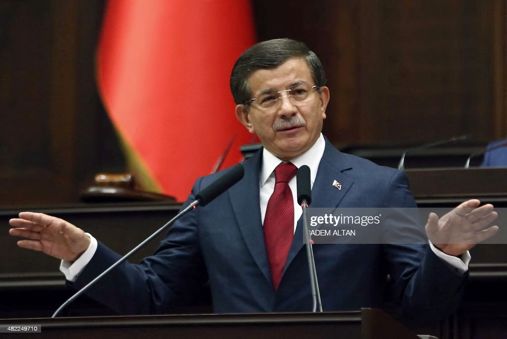 TURKEY-POLITICS-GOVERNMENT-PARLIAMENT-SYRIA-CONFLICT-KURD : News Photo